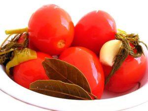 Маринование томатов