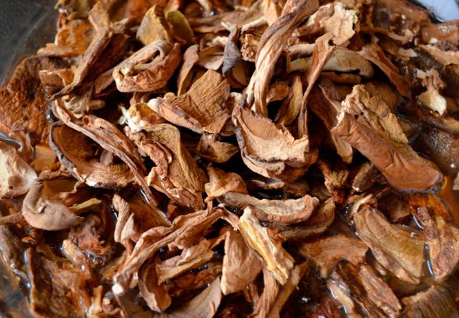 Икра из сушеных грибов: рецепт из боровиков