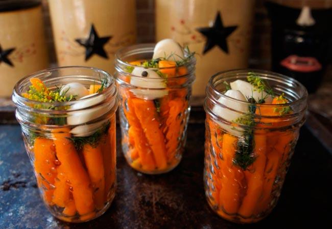 Морковь, консервированная с чесноком