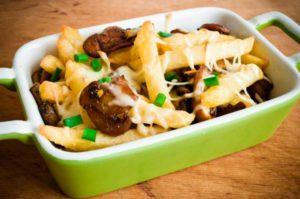 Жареные грибы с сыром