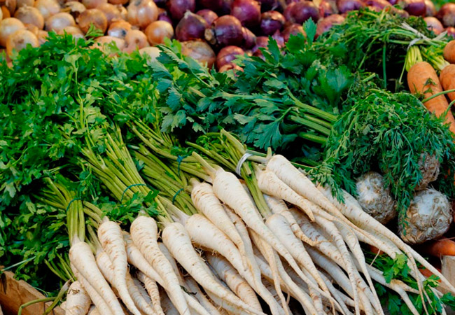 Применение корневой петрушки в кулинарии