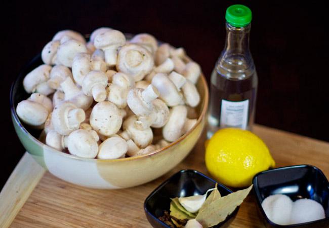 Маринованные шампиньоны: быстро и вкусно