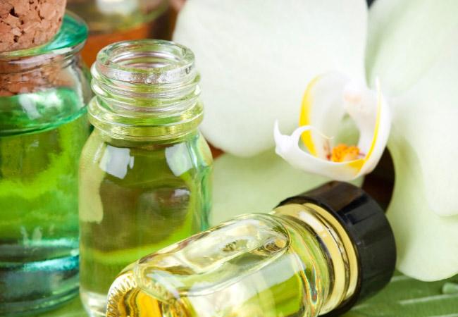 Лечение сандаловым маслом