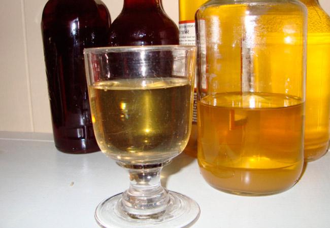 Вино из ранеток, рецепт для домашних условий