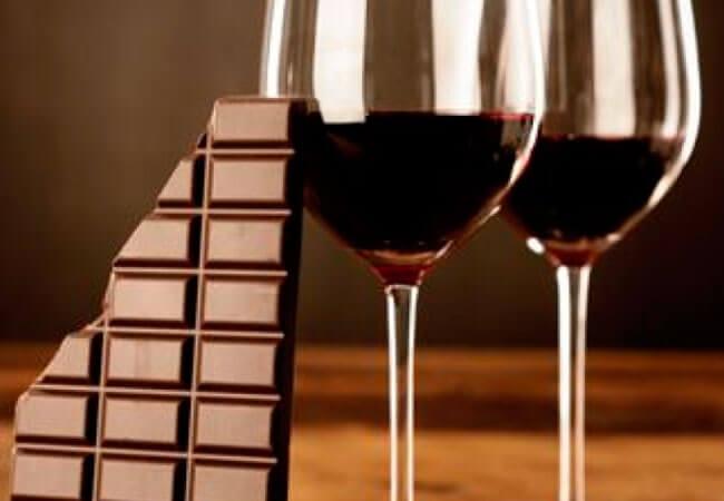 Приготовление шоколадного вина в домашних условиях