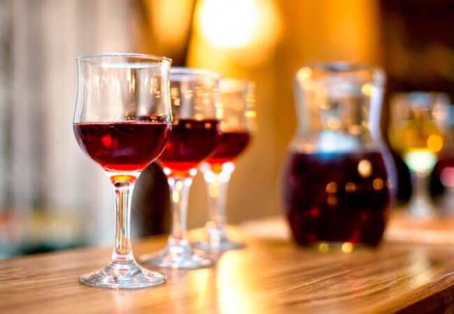 Приготовление домашнего вина ассорти