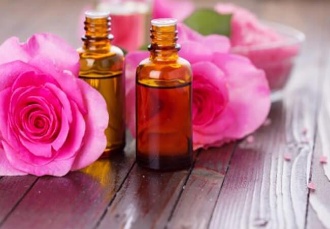 Можно ли принимать масло розы внутрь