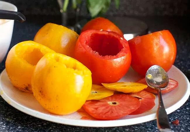 Малосольные фаршированные помидоры
