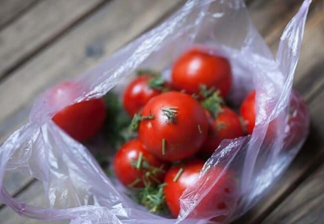 Как приготовить своими руками малосольные помидоры
