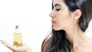 Какое масло лучше при выпадении волос